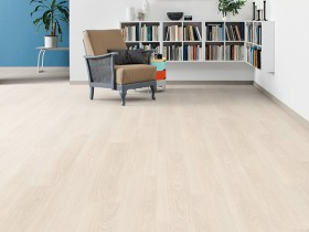 526667_1-Strip Oak Classic White